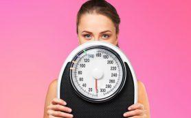 Обезжиренные йогурты, хлебцы для похудения, сладкие сырки, пакетированный сок и мед не помогают похудеть