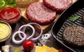Росконтроль проверил говяжьи котлеты и заявил, что не рекомендует их к покупке