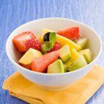 Гастроэнтеролог Виктория Суджиянова: когда от фруктов и ягод лучше отказаться