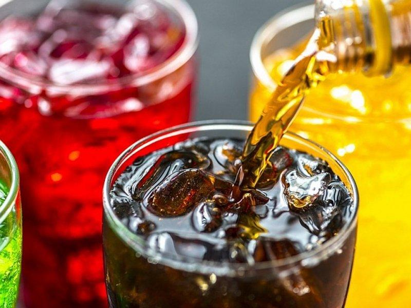 Жидкий сахар: названа главная причина набора лишнего веса