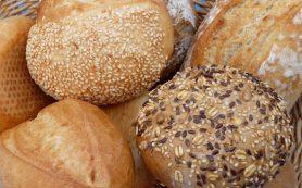 Гастроэнтеролог развеял популярные мифы о хлебе
