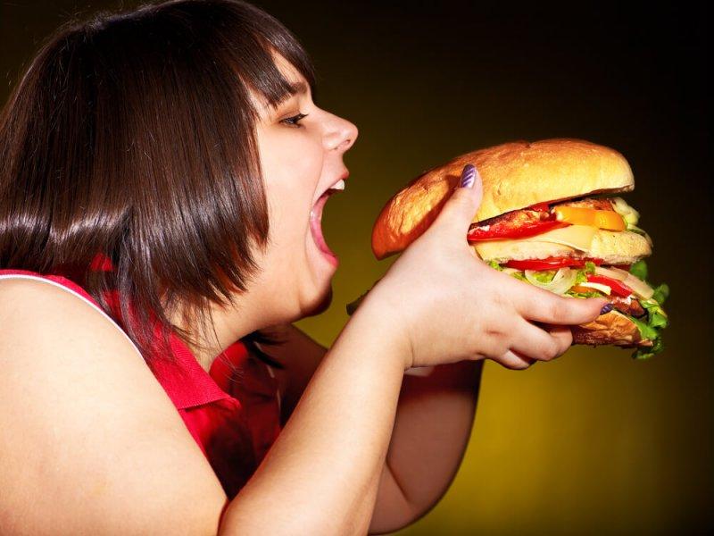Ожирение может быть причиной болезней десен