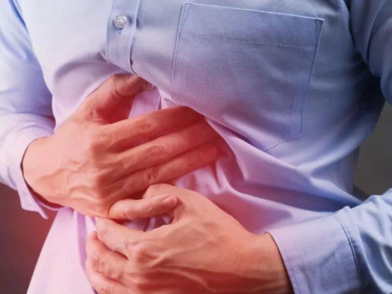 Запор с болью в животе: когда это может быть очень опасно