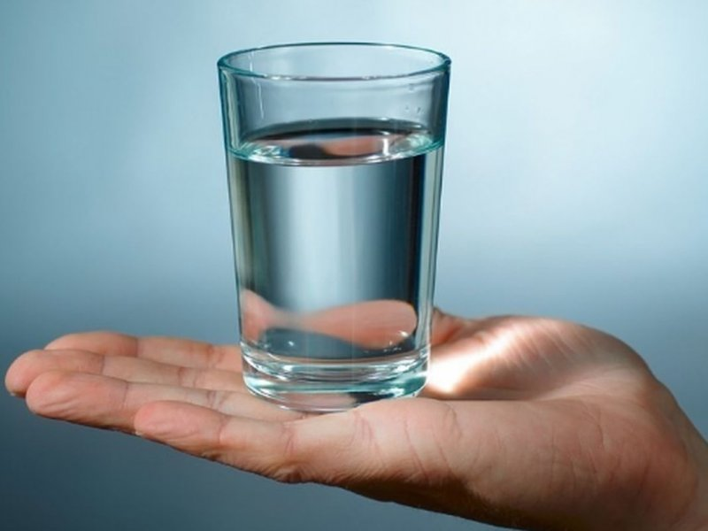 7 изменений с телом, к которым ведет питье воды натощак