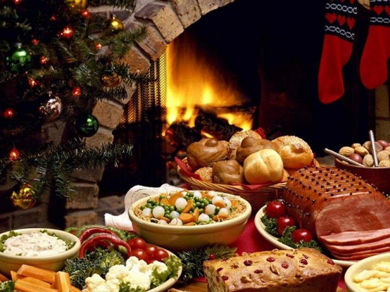 Как избежать проблем с пищеварением от новогоднего ужина: несколько советов