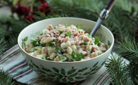 Эксперты рассказали, сколько хранятся новогодние салаты