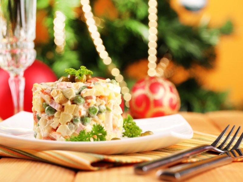 Диетолог Ирина Лизун: за новогодним столом можно «оторваться по полной»