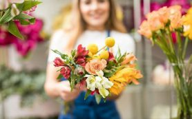 Оперативная доставка цветов в Махачкале – выбор весенних свадебных букетов