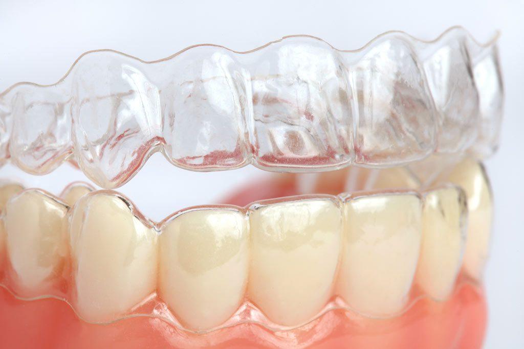 Красивая улыбка и здоровые зубы