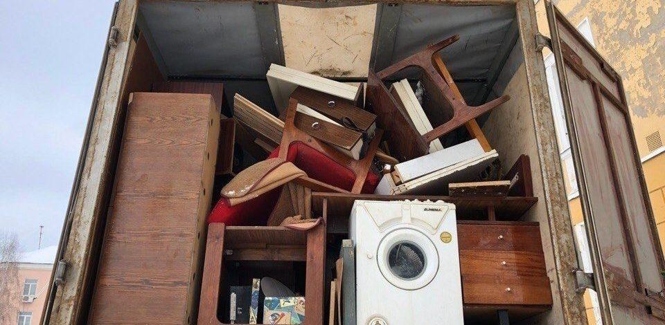 Вывоз и утилизация старой мебели и техники: оперативно и выгодно