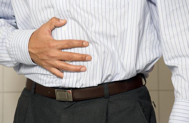 Названы симптомы язвы, которые часто принимают за гастрит