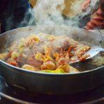 Гастроэнтеролог Вялов рассказал об опасности горячей еды для организма