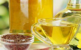 Гастроэнтеролог заявила об опасности привычки принимать льняное масло