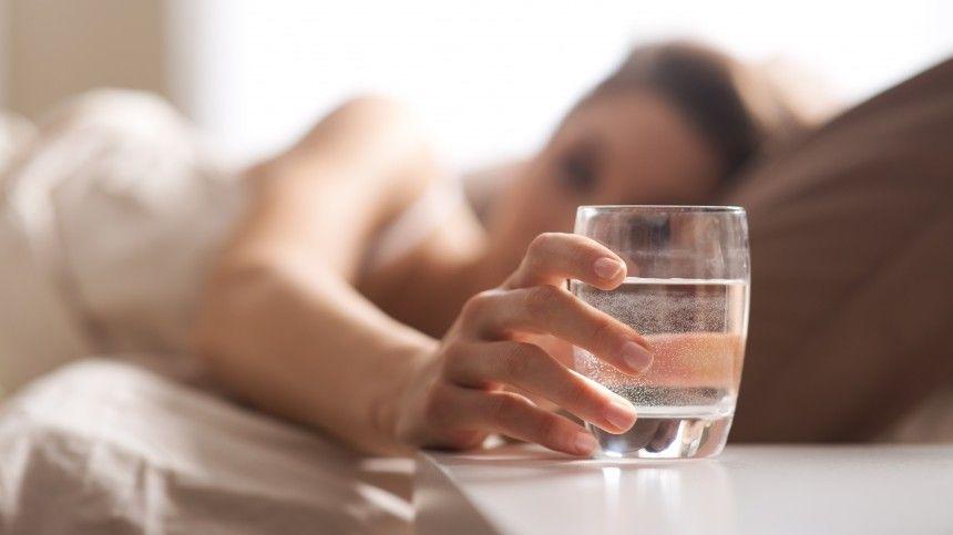Названы самые агрессивные напитки, от которых страдает желудок