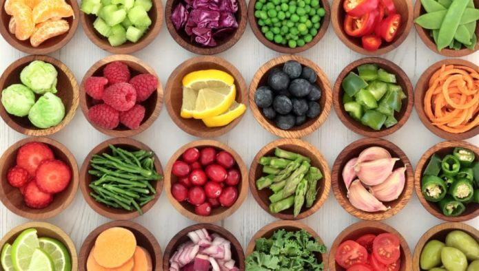 Названы продукты, влияющие на желудок хуже всего