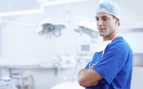 Хирург— онколог рассказал о симптомах рака кишечника