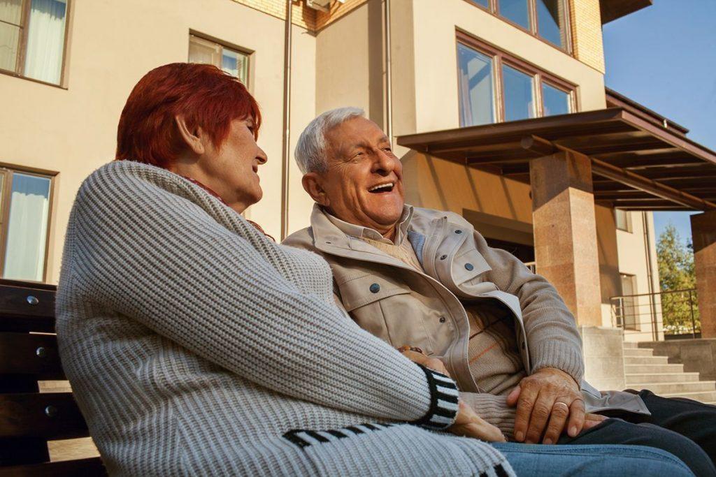 Современные пансионаты для пожилых людей