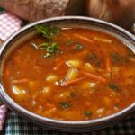 Суп оказался среди вредящих пищеварению продуктов
