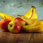 Диетолог рассказала, кому нельзя есть фрукты натощак
